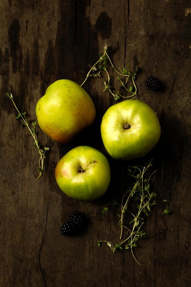 apples-ingredients-crumble-web